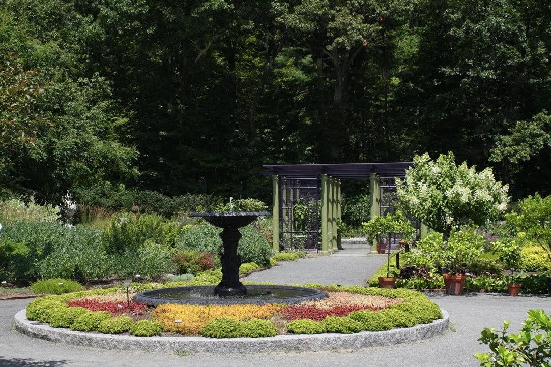 Tower Hill Botanic Garden – Land Perspectives