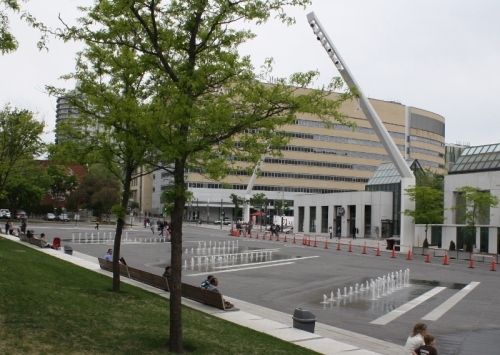 Montreal plazas 9