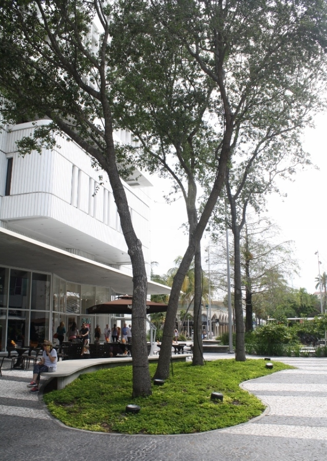 Lincoln Road Mall 3