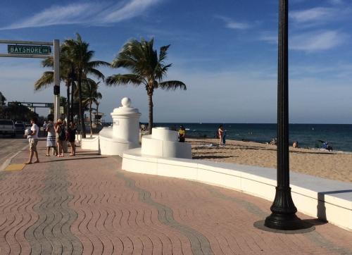 Ft. Lauderdale promenade 2