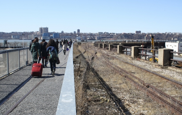 High Line at the Rail Yards 6